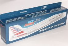 Boeing 787-9 American Airlines Resin Skymarks Collectors Model 1:200 SKR936 G